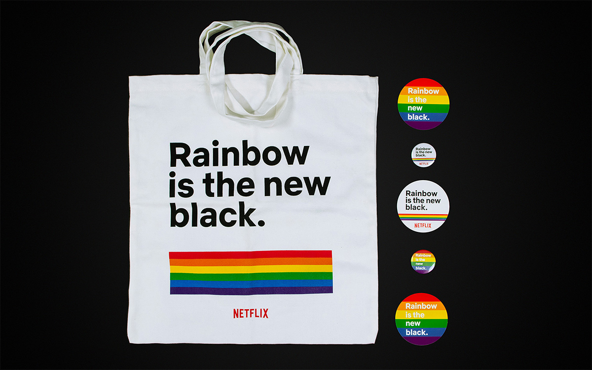 TANDEM_Communication_Partner_GADGET_e_MOCKUP_Netflix_rainbow_ritnb_pins_bag_pride