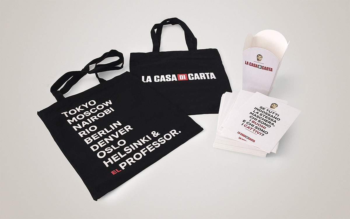 TANDEM_Communication_Partner_GADGET_e_MOCKUP_netflix_casadicarta_bag_evento_presentazione_gadget